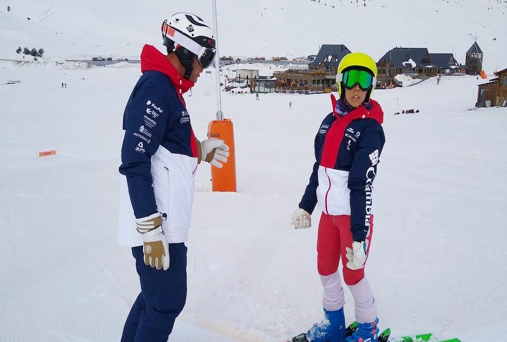 Cinco deportistas de esquí y snowboard realizan una concentración en Arroyomolinos